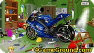 Гараж с мотоциклом