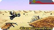 Квадроцикл в пустыне