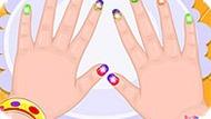 Игра Малышка Барби: Сумасшедший Маникюр