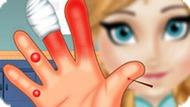 Игра Холодное сердце: Анна поранила руку