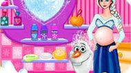 Игра Холодное сердце: Беременная Эльза купает Олафа