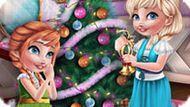 Игра Холодное сердце: Эльза и Анна украшают новогоднюю елку