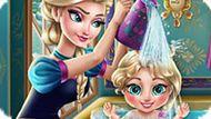 Игра Холодное сердце: Эльза купает малышку