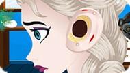 Игра Холодное сердце: Лечить ухо Эльзы