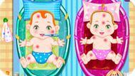 Игра Уход за новорожденными двойняшками